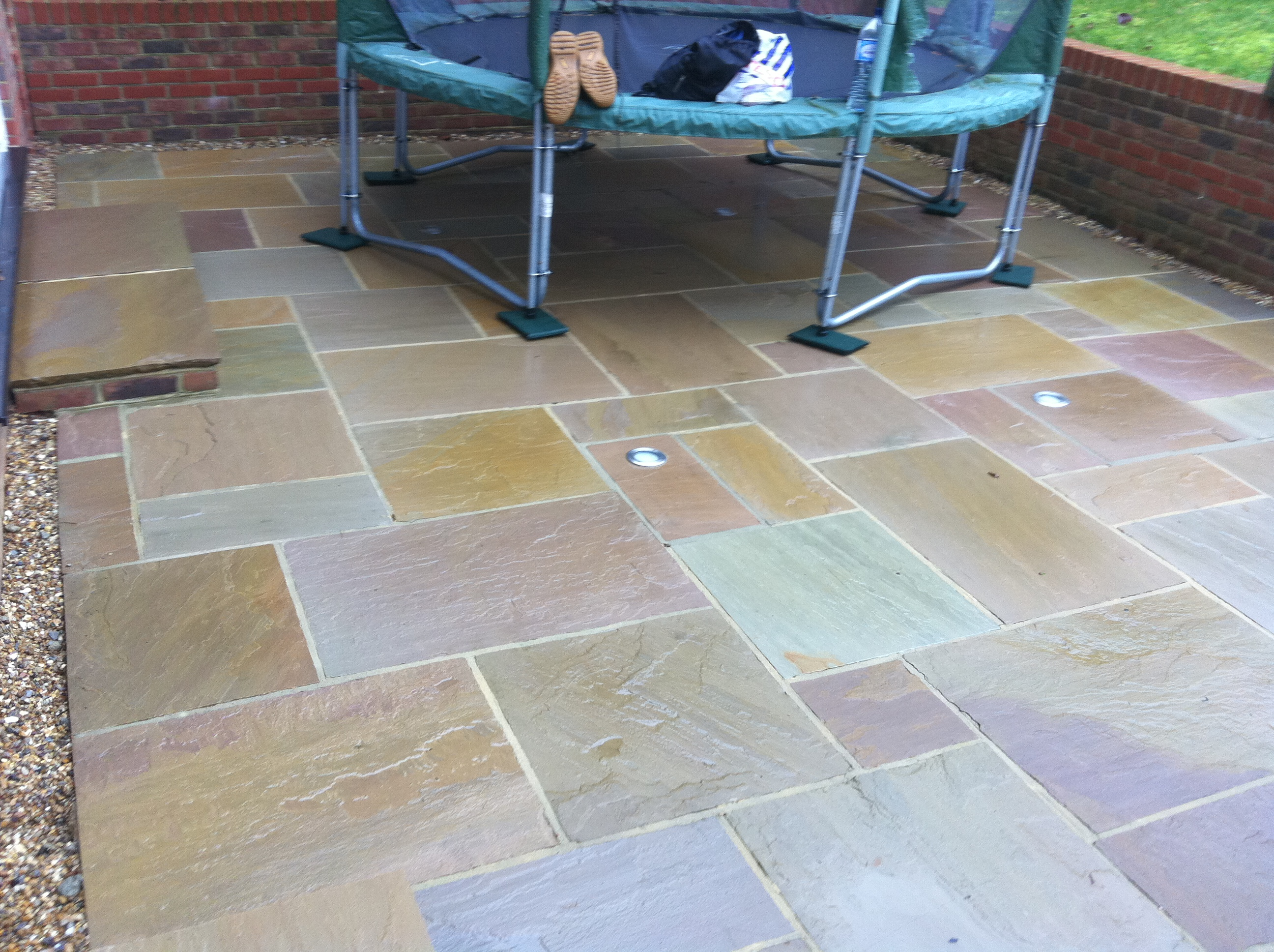 Patio cleaner orpington castle surface solutions for Patio cleaning solution
